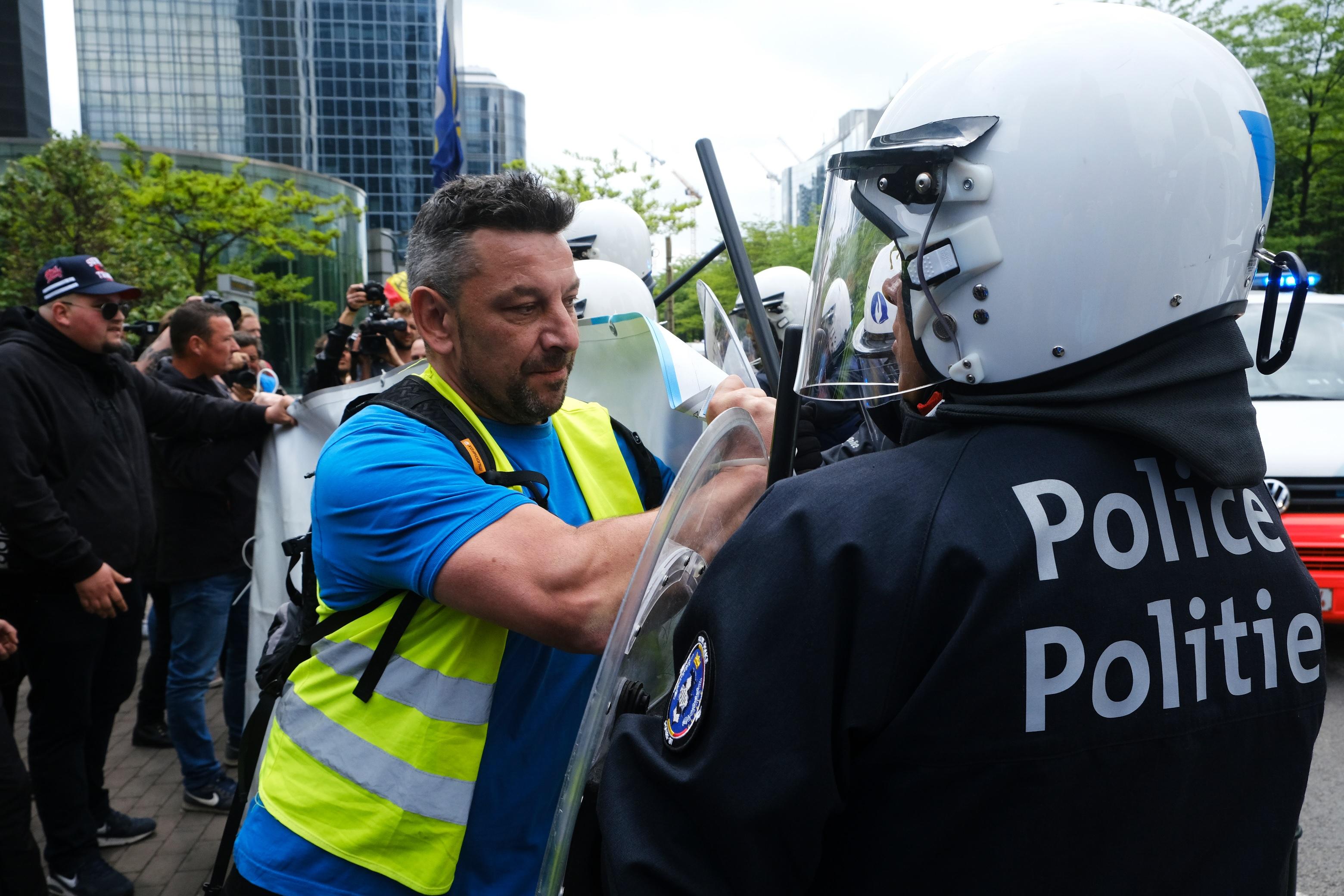 Encore un policier victime d'un tir crapuleux … à quand une initiative concrète de nos politiques ?